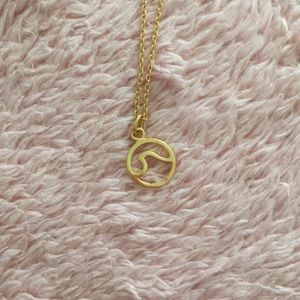 Pura Vida Tidal Wave Necklace — Gold